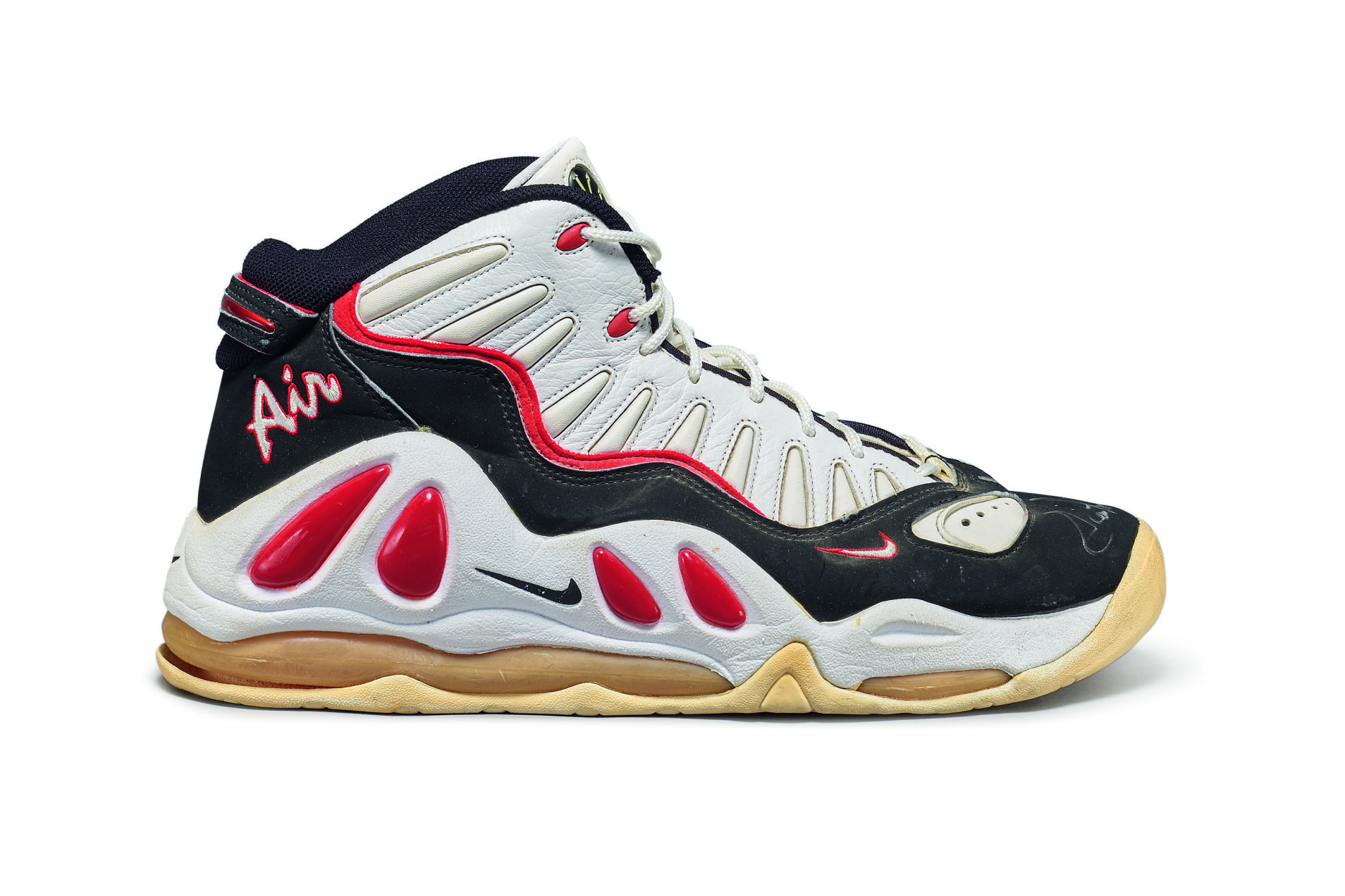 Nike-Scottie-Pippen-Game-Worn-Dual-Signed-Air-Max-Uptempo-III-