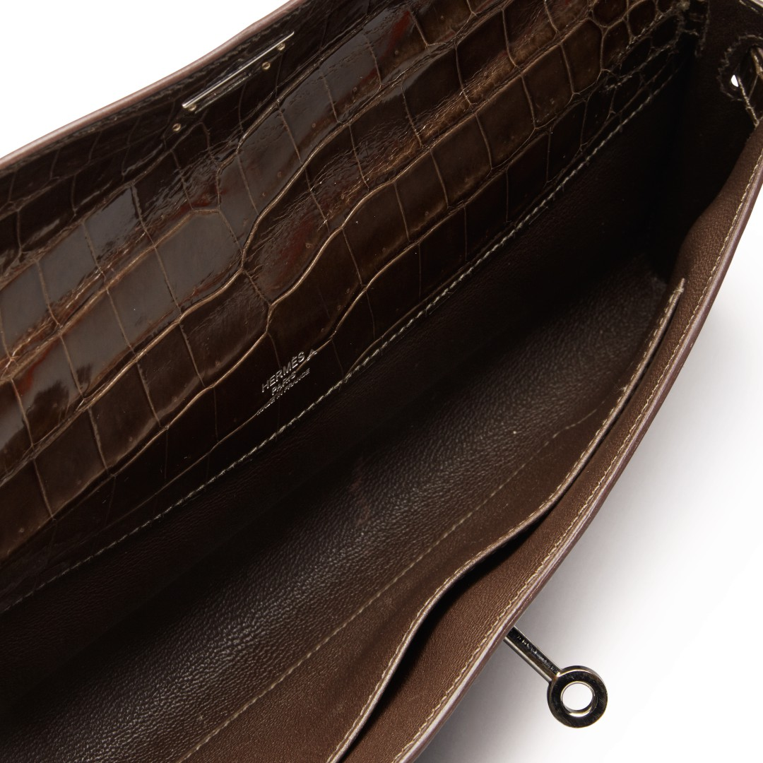 hermes-macassar-kelly-cut-in-shiny-crocodile-porosus-with-palladium-hardware-2009-08ed