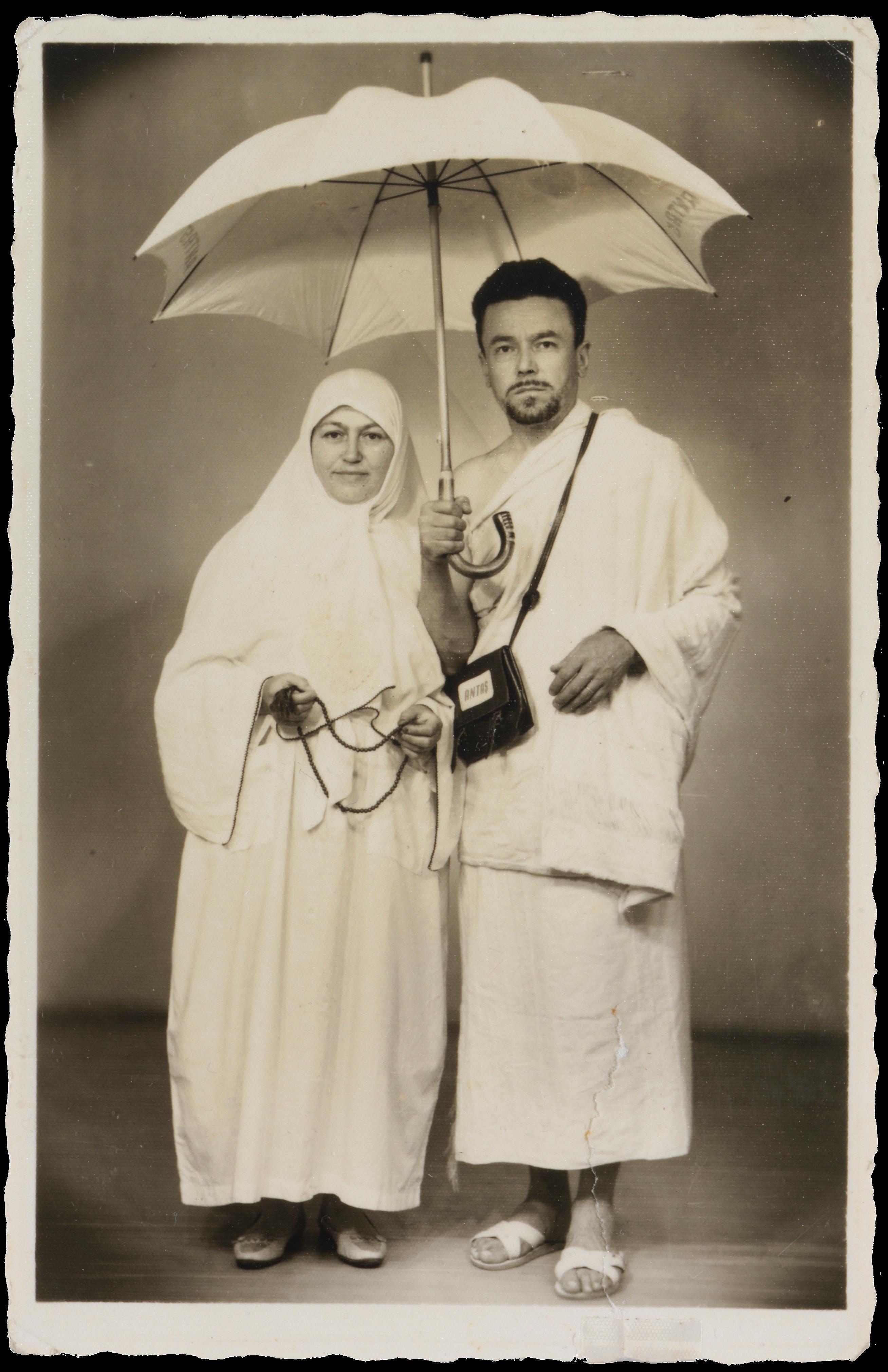 Pilgrims in ihram, studio photograph