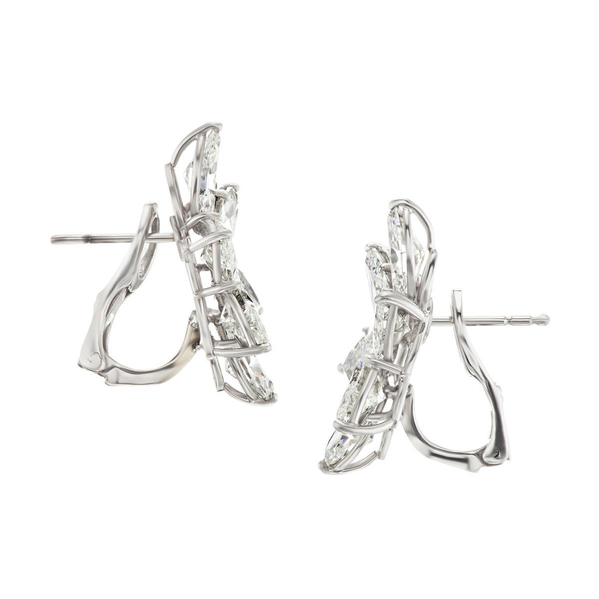 pair-of-diamond-cluster-earrings-9ab8