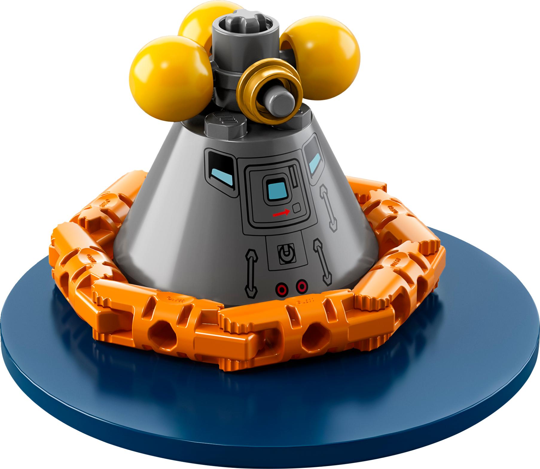 LEGO® NASA Apollo Saturn V