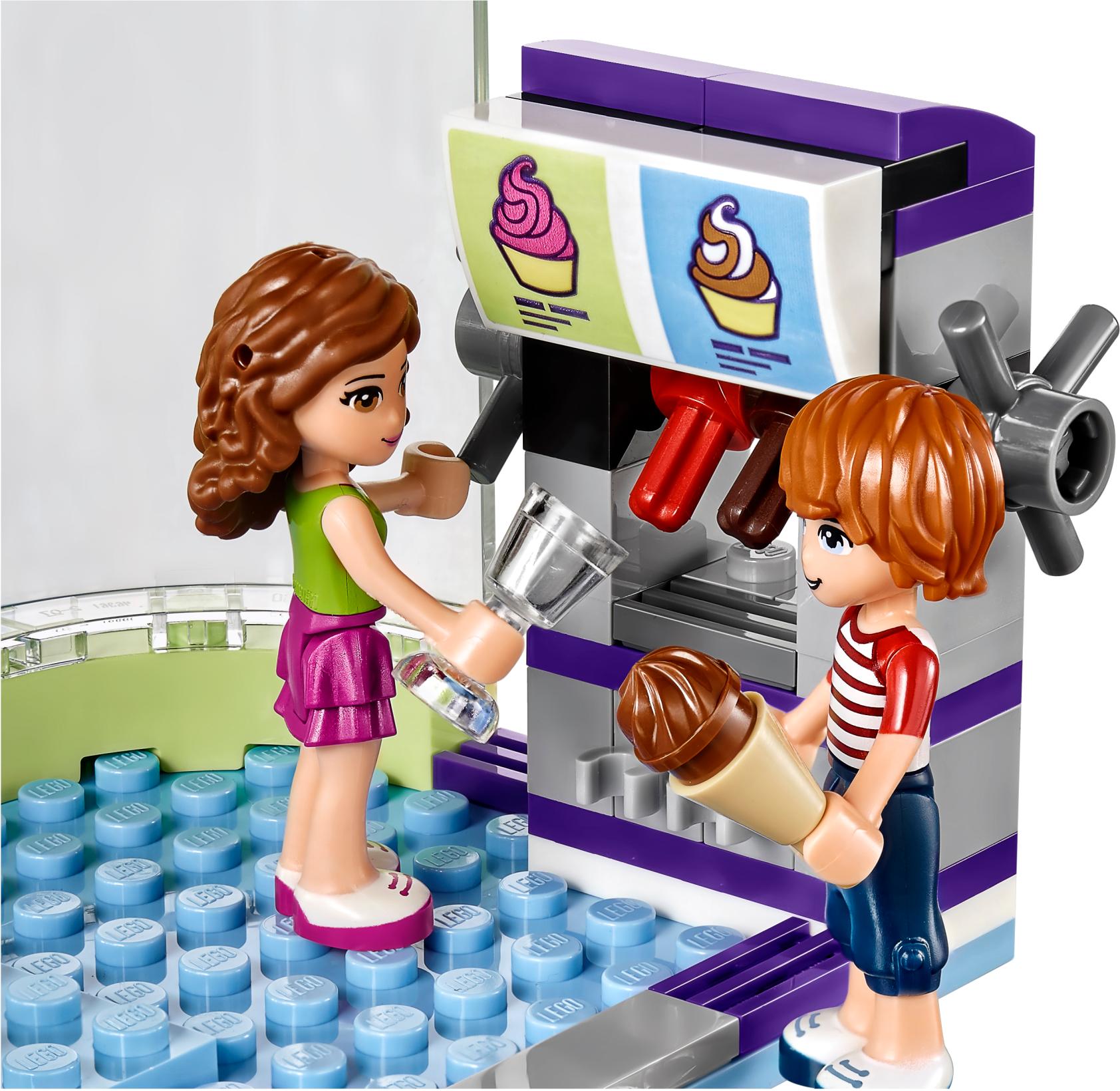Heartlake Frozen Yogurt Shop