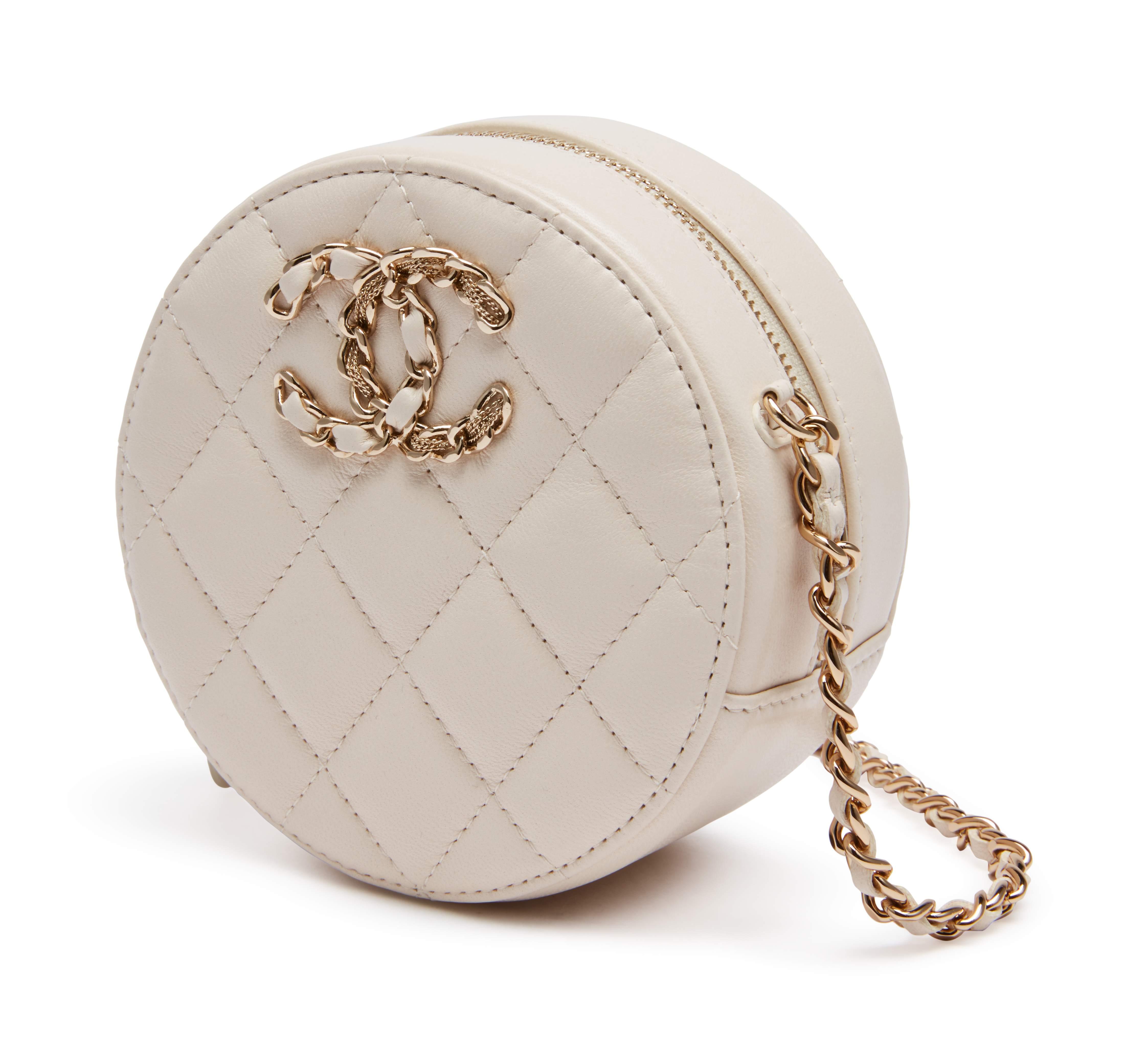 ivory-goatskin-round-chain-crossbody-clutch-chanel-19-gold-hardware-fd6f